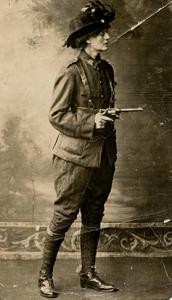 Image of Countess Markievicz c.1915 (Sean Sexton Collection)